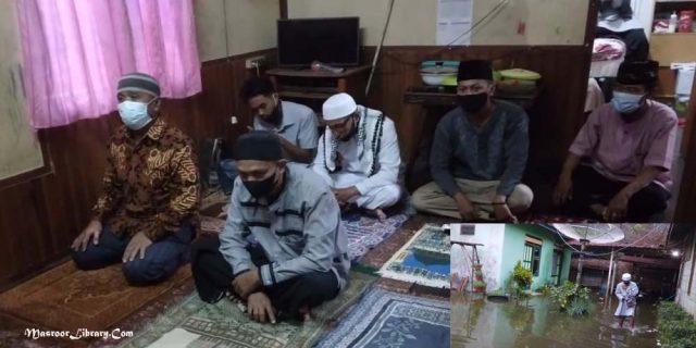 Shalat Ied di Sampit   Dalam Genangan Banjir